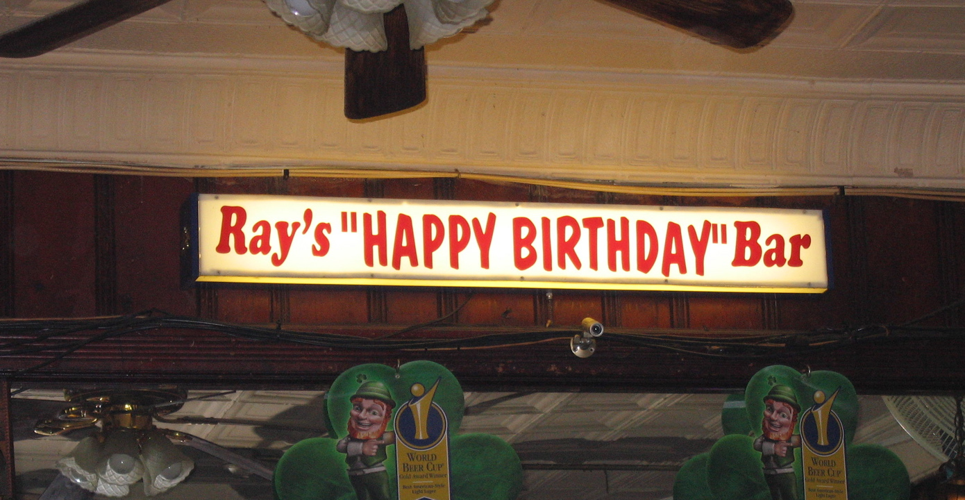 http://greenlanternpress.files.wordpress.com/2009/04/rays-happy-birthday-bar1.jpg